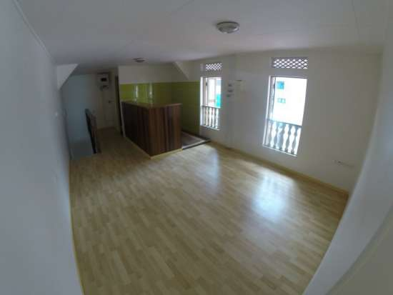 Location appartement f2 rue justin catayee a cayenne for Location appartement f2